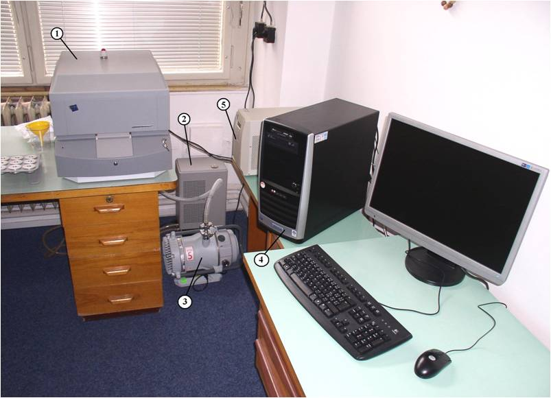 Spektrometr 1